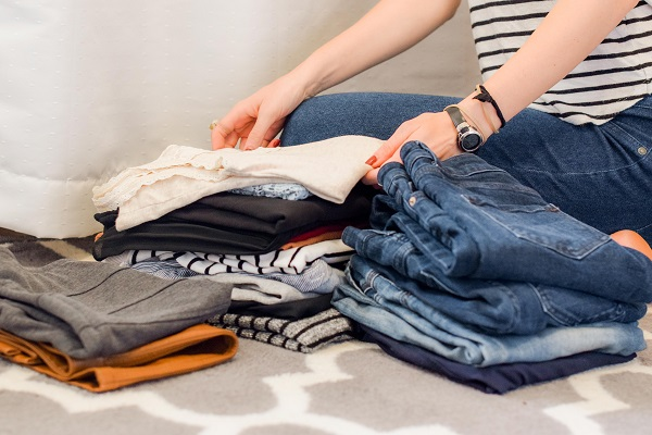 Cleaning out your wardrobe gives a happy feeling!