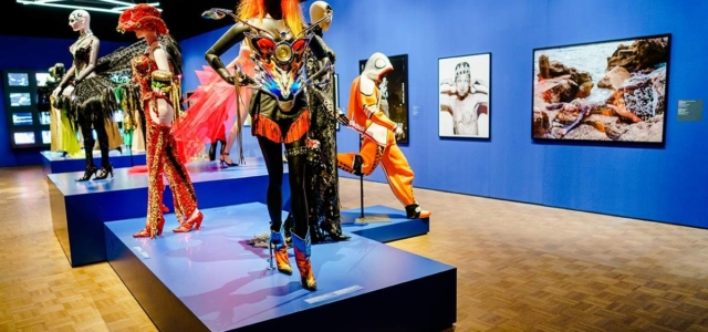 The greatest fashion exhibitions now!